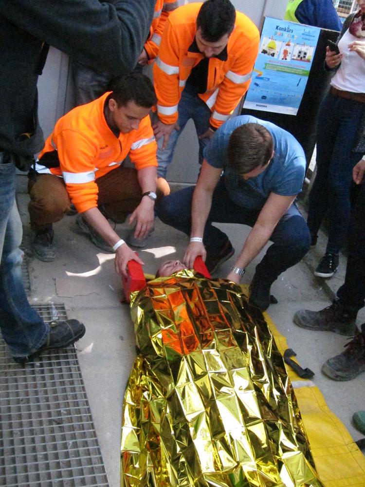 - Szkolenie z pierwszej pomocy z wykorzystaniem efektów specjalnych i aktorów symulujących wypadek na budowie biurowca Green2Day we Wrocławiu